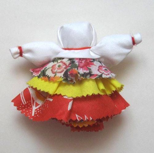 Как сделать <b>куклу-оберег</b> своими <em>руками</em>