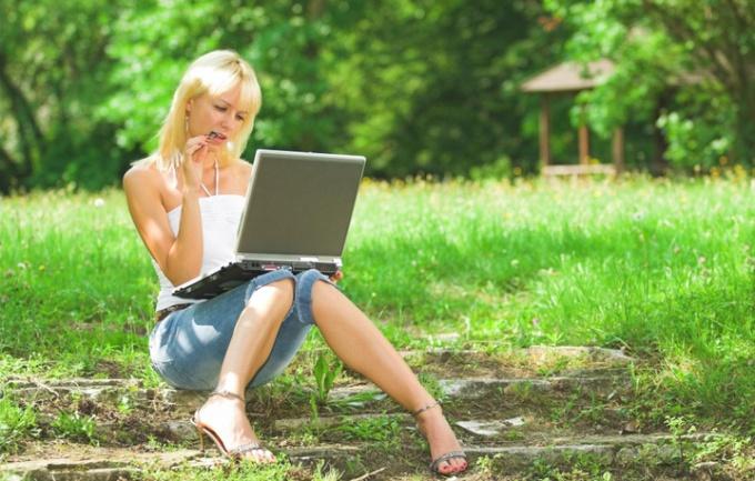 Реанимировать ноутбук не так просто, возможно, придется обратиться к профессионалам