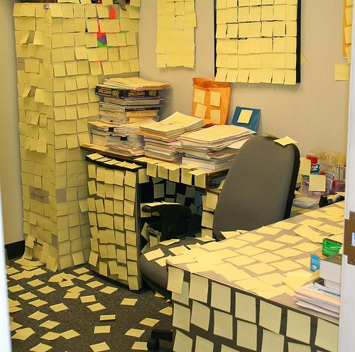 Как разыграть шефа на 1 апреля