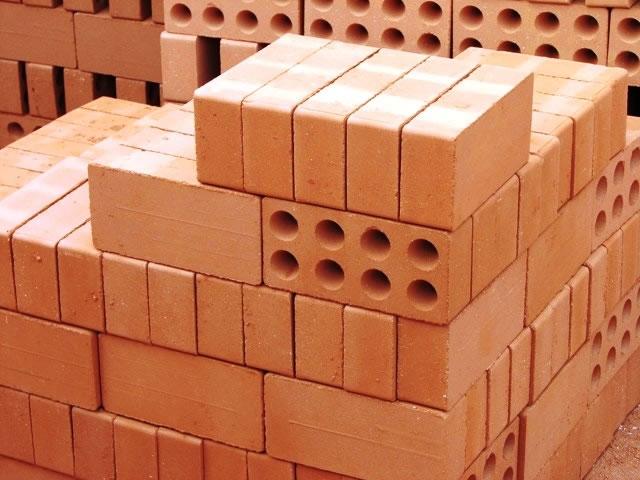Как рассчитать <b>материалы</b> для <em>строительства</em> <strong>дома</strong>