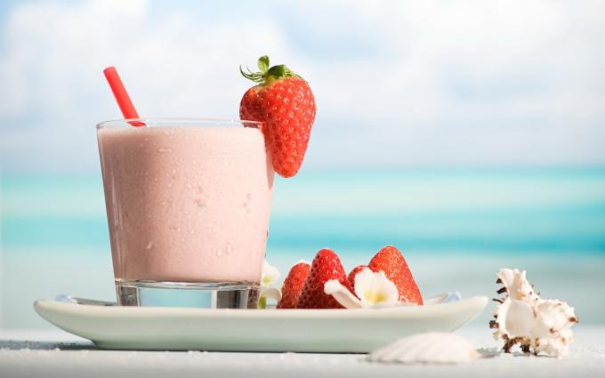 How to make milkshake at home