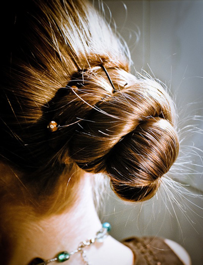 Как сделать пучок из длинных волос