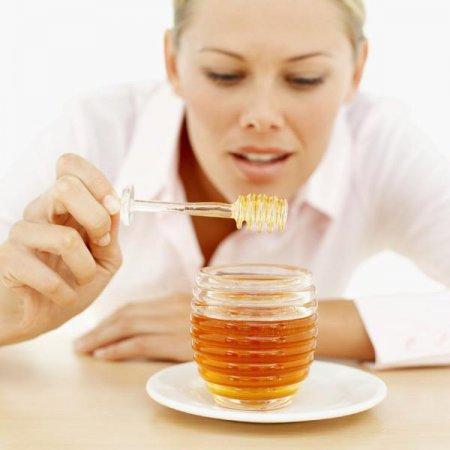 Как проверить, мёд подлинный либо нет