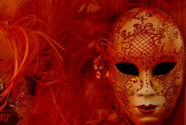 Как сделать венецианскую маску своим руками