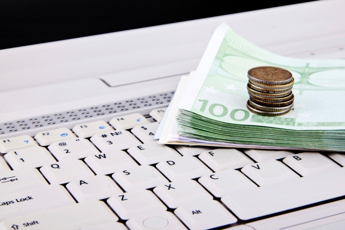How to create a website for free and earn money on it