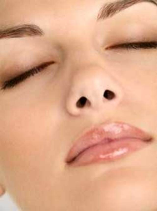 How to tighten pores on the nose