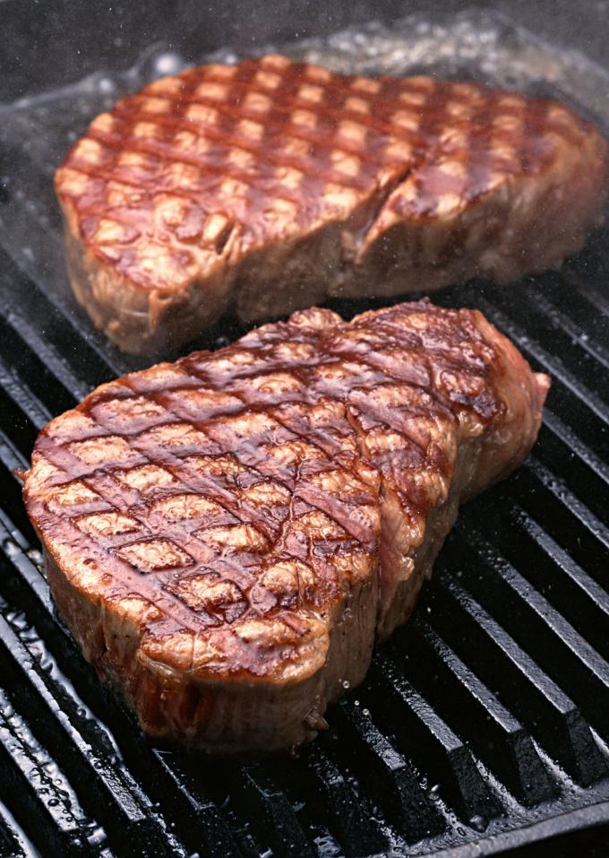 Мясо говядины получится мягким, если его предварительно замариновать