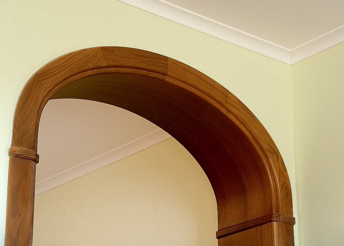 How to make an arch in the wall