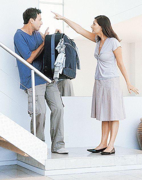 Проблемы возникают в отношениях даже у самых дружных пар.