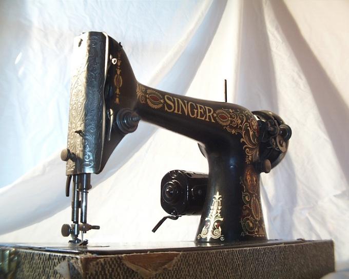 У многих еще сохранились старые швейные машинки, на которых нет оверлока