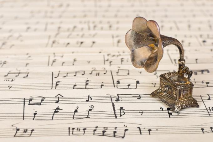 Как сделать музыкальную шкатулку