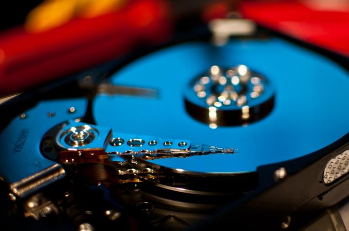 Восстановить данные после форматирования не всегда возможно, но попытаться стоит всегда