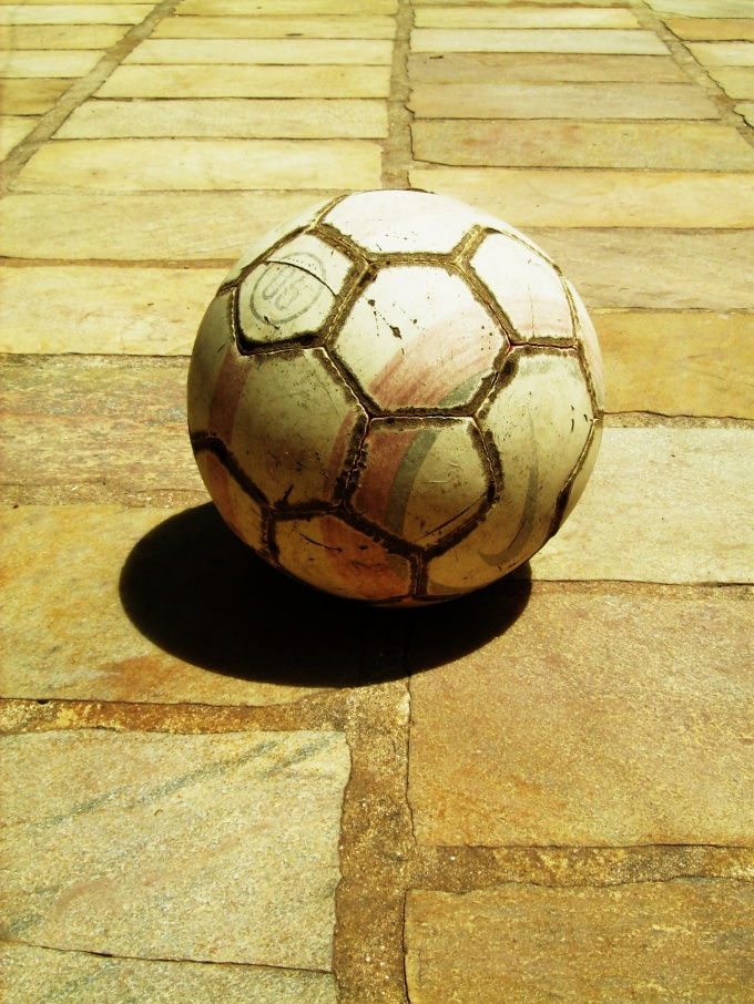 How to make a soccer ball