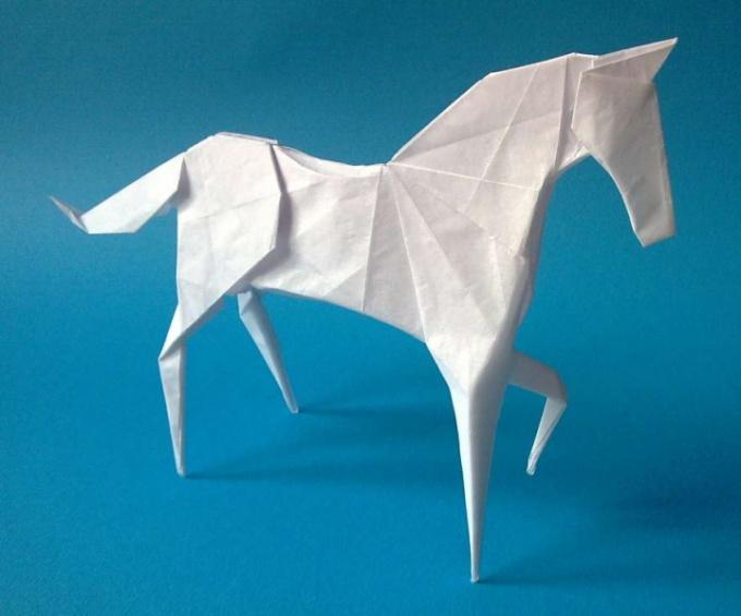 Оригами лошадь - сложная фигура