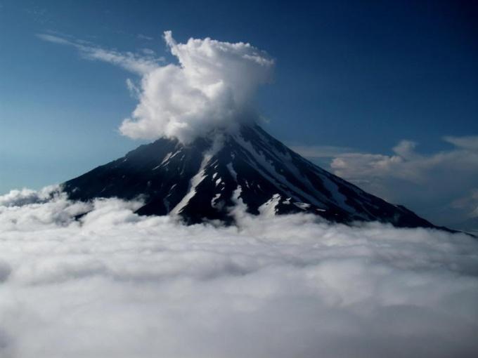 Как сделать домашний <strong>вулкан</strong>