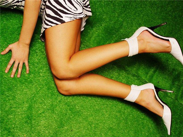 Замедлить рост волос на ногах