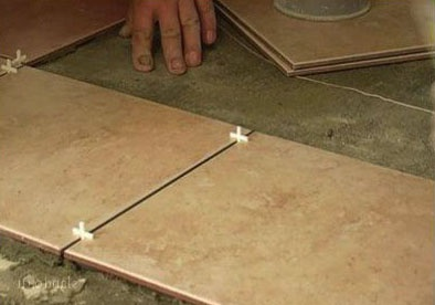 How to level a floor under a <b>tiles</b>
