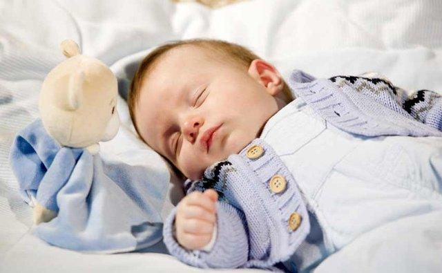 Супрастин обладает легким снотворным действием.