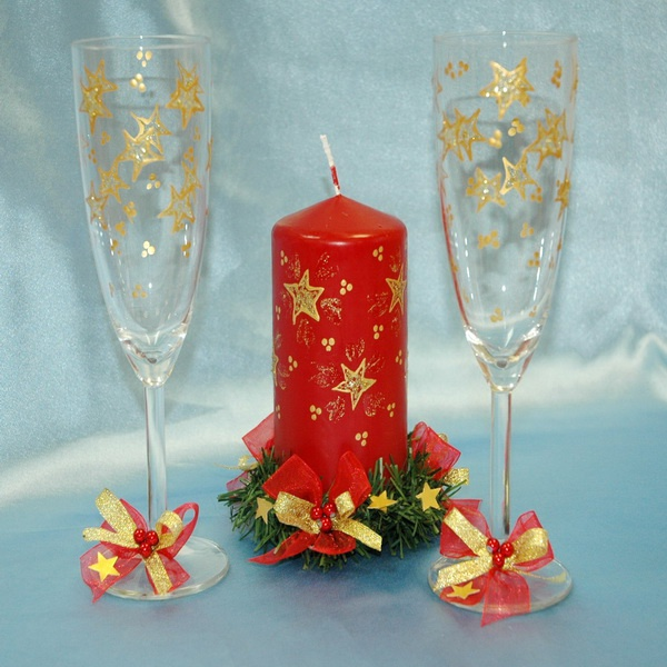 Нарядные бокалы - главное украшение новогоднего застолья