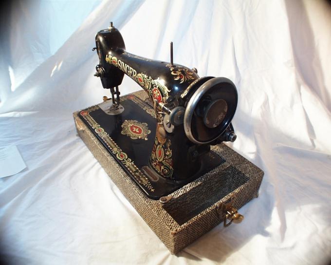 У старинной ручной машинки - свои преимущества