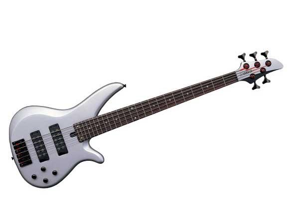 Бас-гитара - самый удобный инструмент для записи басовых партий