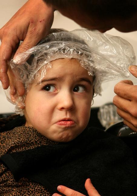 Проверяйте голову у ребенка не реже одного раза в месяц.