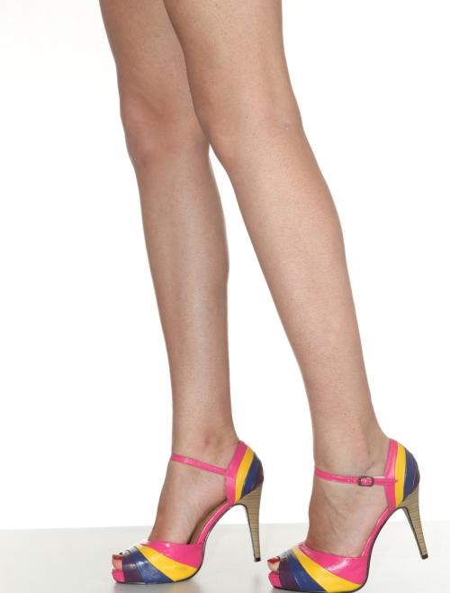 Всегда гладкие ножки - хороший повод научиться пользоваться эпилятором