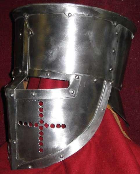 Как сделать шлем рыцаря