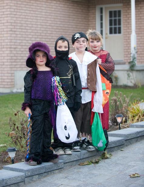 Как сделать ребенку костюм пирата