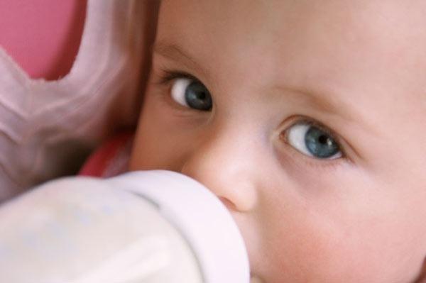 Как лечить стафилококк у <b>новорожденных</b>