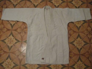 Как складывать <strong>кимоно</strong>