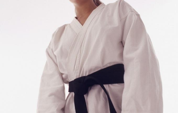Как складывать кимоно