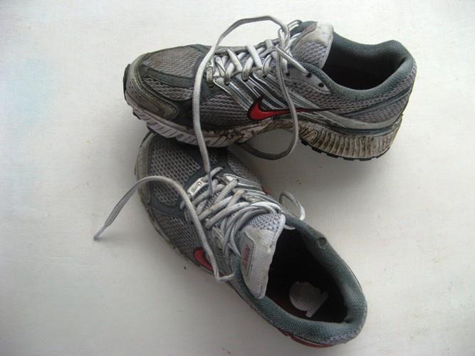 Чем чаще и лучше вы чистите свою обувь, тем дольше она прослужит