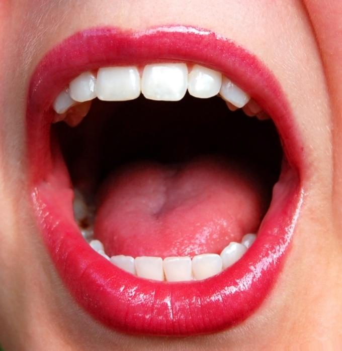 У горечи во рту могут быть самые разные причины
