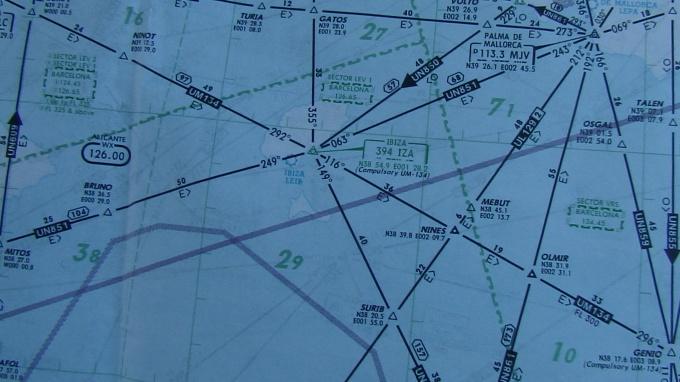 Графы могут использоваться для проложения оптимального маршрута на карте местности