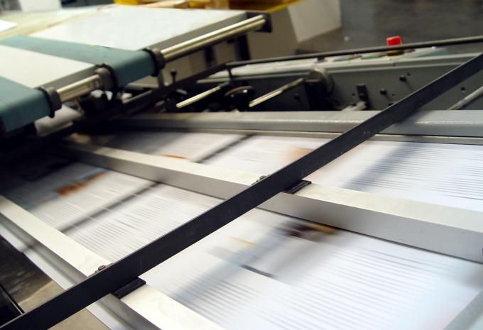 Печатающие головки принтера в работе