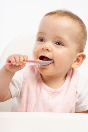 Как приучить ребёнка есть самостоятельно