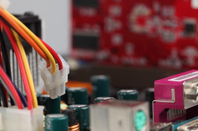 Как устанавливать правильно оперативную память