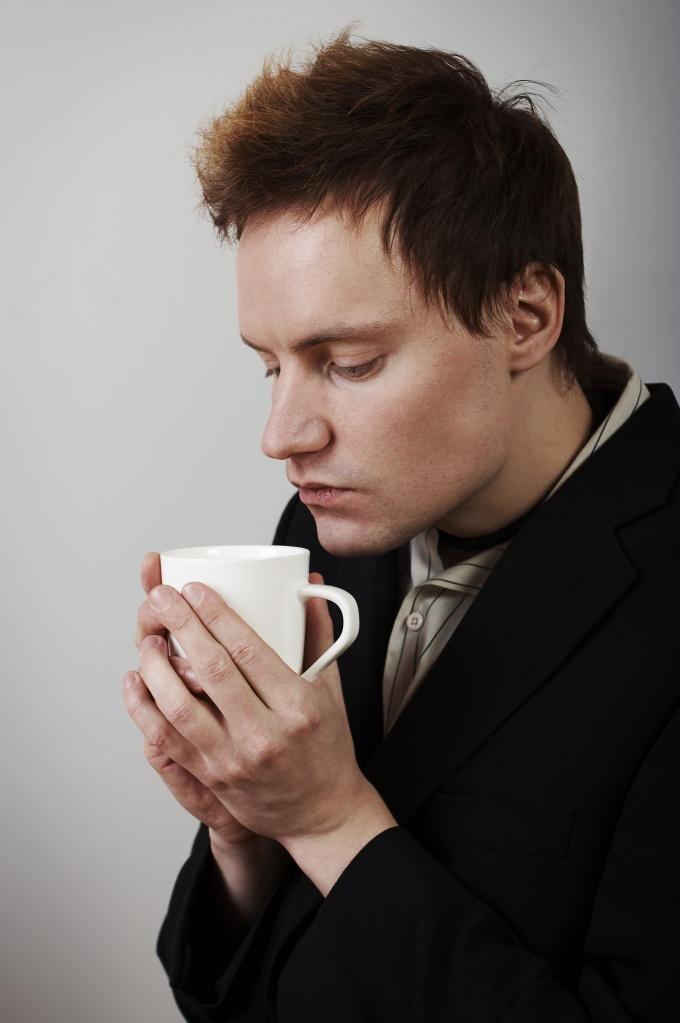 Некоторые мужчины тяжело переживают развод
