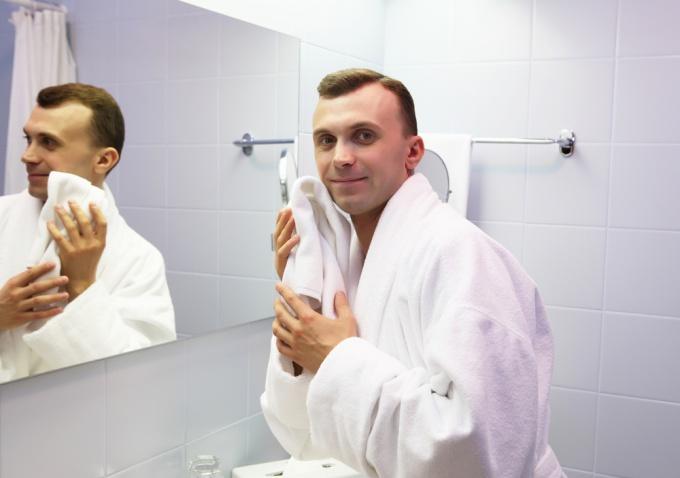 Как сделать зеркало своими руками