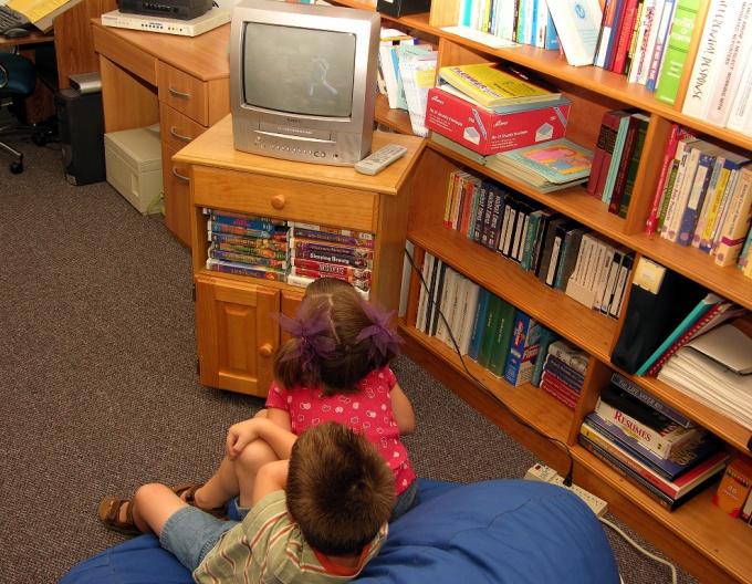 Как прописать ребёнка в москве