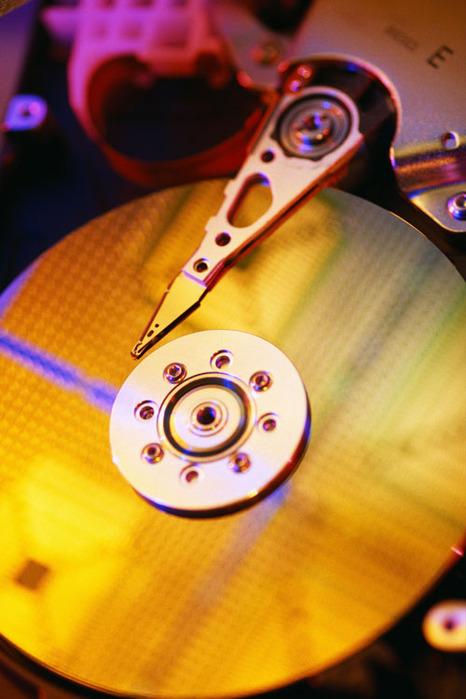 Как разбить жесткий диск с данными