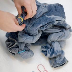Как сделать джинсы светлыми
