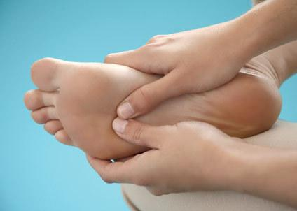 How to soften <strong>nail</strong> <b>foot</b>