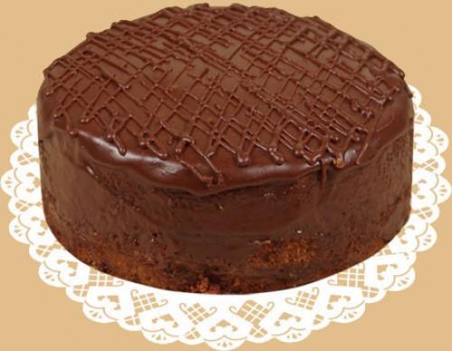 "Нежный и тающий во рту торт ""Прага"""