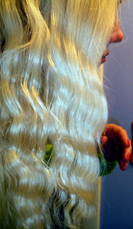 Пряди на заколках - быстрый и безвредный способ стать длинноволосой красавицей!