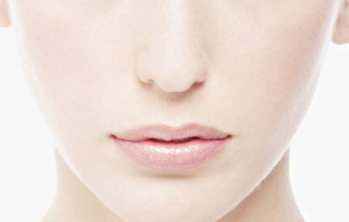 How to get rid of holes on the face
