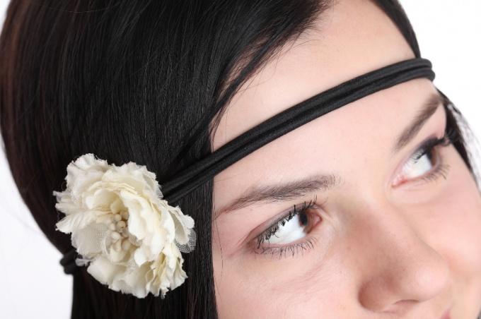 Узкая повязка для волос