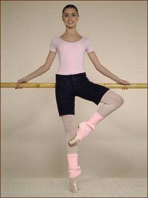 Балерины никогда не занимаются, не надев гетры