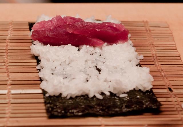 Как крутить суши